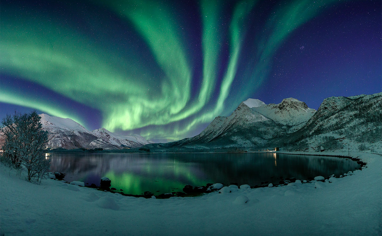 Køb Emerald Bay av Frank Olsen