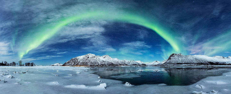 Køb Frozen Bay av Frank Olsen