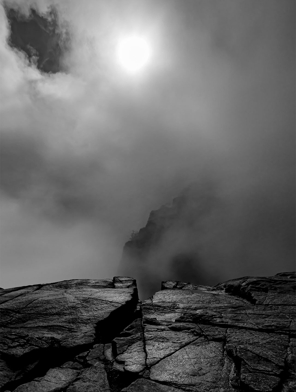 Køb Pulpit Rock mist av Thomas Stubergh